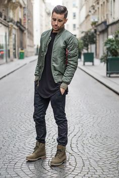 Men's Bomber Jackets Collection For This Fall 2018 Click image to see more.Best Men's Bomber Jackets Collection For This Fall 2018 Click image to see more. Mens Fashion 2018 Trends, Mens Fashion Suits, Jackets Fashion, Fashion Boots, Edgy Mens Fashion, Fashion Outfits, Asian Men Fashion, Men's Outfits, Fashion Hoodies