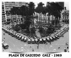 Santiago de Cali - Plaza de Caicedo 1969