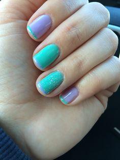 Spring gel nails. Gel manicure.