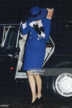 1990 12 25 Princess Diana arriving at Sandringham Church for Christmas Day service in Sandringham