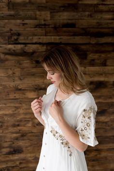 Charlotte Mauve Dress, White Dress, Nursing Mother, Comfortable Fashion, Be Perfect, Charlotte, Vintage Fashion, Shop, Model