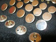 50 Stück Metalknöpfe mit Öse,Hemdknöpfe Silberfarben,Durchmesser ca.14 mm,Neu,Lübecker Knopfmanufaktur von Knopfshop auf Etsy