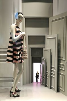 Dior, Milan, April 2013. Love use of descending sizes to creative diminishing perspective.