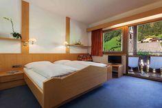 Komfort Zimmer Naturhotel Rainer im Jaufental Urlaub in Suedtirol in der Gemeinde Rtschings Ferien Fmilienurlaub