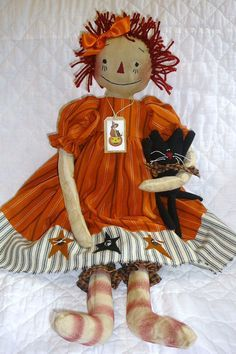 """Primitive """"Gertie Mae and Scat Cat"""" Primitive Raggedy Doll & Cat Pattern, Primitive Patterns Halloween Tags, Vintage Halloween, Fall Halloween, Fabric Dolls, Rag Dolls, Tilda Toy, Ann Doll, Raggedy Ann And Andy, Chiffon"""