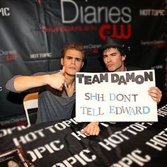Find images and videos about the vampire diaries, tvd and ian somerhalder on We Heart It - the app to get lost in what you love. Vampire Diaries Memes, Vampire Diaries The Originals, Damon And Stefan Salvatore, Vampire Dairies, Delena, True Stories, The Funny, I Laughed, Favorite Tv Shows