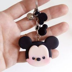 872 Likes, 17 Comments - Rejane Kesia Arte em biscuit ( on I. Fimo Disney, Polymer Clay Disney, Crea Fimo, Polymer Clay Kawaii, Fimo Clay, Polymer Clay Charms, Polymer Clay Projects, Polymer Clay Art, Clay Crafts