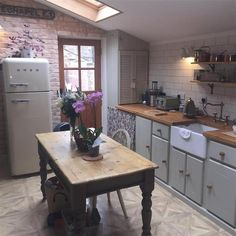 Kitchen exposed brick and skylight Unfitted Kitchen, Cosy Kitchen, Small Cottage Kitchen, Cottage Kitchens, Shabby Chic Kitchen, Country Kitchen, New Kitchen, Home Kitchens, Kitchen Dining
