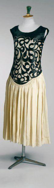 Paul Poiret circa 1920. Provenant de la garde-robe personnelle de Denise Boulet-Poiret