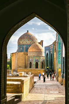 Uzbekistan: Shah-I-Zinda, Samarkand. Photo by Kean Eng Chan. Cultural Architecture, Islamic Architecture, Beautiful Architecture, Art And Architecture, The Places Youll Go, Places To See, Beautiful World, Beautiful Places, Beautiful Pictures