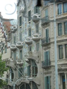 Barcelona http://www.barnataxi.com/