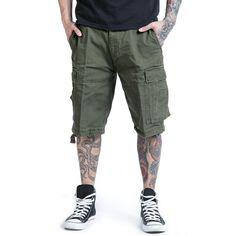 """I #Pantaloni """"Vintage Shorts"""" del brand Brandit sono un classico tra i pantaloni cargo. Questi pantaloni sono trattati per ottenere un effetto Vintage, usato e slavato. In robusto cotone."""