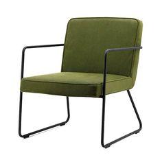 Fauteuil Alfa is een luchtig en strak vormgegeven stoel met metalen leuningen. Altijd mooi in een hoekje van de kamer of voor bij de zithoek.  Leverbaar in 4 kleuren; olijfgroen, cognac, antraciet en blauw.  Zitdiepte 49 cm  Zithoogte 40 cm  Arml. hoogte 49 cm