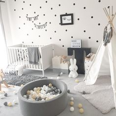 We absolutely need a ball pool! - Kinderzimmer - # to # bal… Nous avons absolument besoin d'une piscine à balles! – Kinderzimmer – We absolutely need a ball pool! Nursery Modern, Baby Nursery Decor, Baby Bedroom, Baby Boy Rooms, Nursery Neutral, Baby Boy Nurseries, Baby Decor, Nursery Room, Modern Nurseries