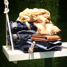 Spring Details @ Tiffosi Stores! #tiffosi #tiffosidenim #new #newcollection #spring #stores #spring15 #windowshopping #windowdisplay #windowdressing #look #inspiration #newin #musthave #urban #grass #montra #escaparate #denim #jeans #details