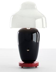 Jaime Hayón designs ceramic lights for Parachilna - black and white table lamp