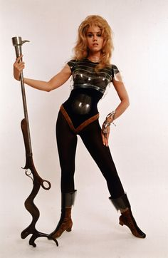 Girls with guns. life: On this day in Barbarella starring Jane Fonda hits theaters. More photos of Jane Fonda on the set here. Vintage Star, Mode Vintage, Jane Fonda Barbarella, Barbarella Movie, Science Fiction, Divas, Space Girl, Space Age, Cinema Tv