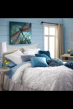 Blue & White Bedding Ensemble