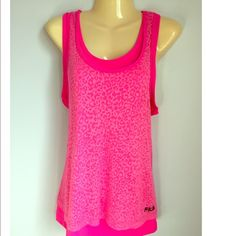Fila workout top Size large, tops are attached Fila Tops Tank Tops