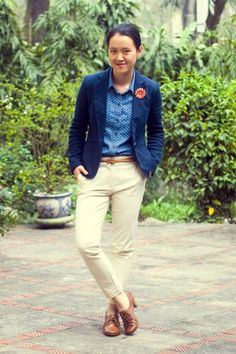 navy blazer with cute shirt and shoes