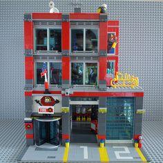 Lego Kits, Lego Modular, Lego Duplo, Legos, Lego City Fire Station, Casa Lego, Lego City Sets, Lego City Police, Lego Room