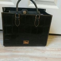 Black Leather Dooney And Bourke Purse
