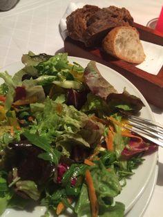 Salat in der Schlosswirtschaft Schwaige in München. Lust Restaurants zu testen und Bewirtungskosten zurück erstatten lassen? https://www.testando.de/so-funktionierts