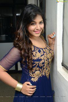 Dictator Movie Heroine Anjali Photos - Image 46