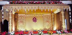 Indian Wedding Stage, Wedding Stage Backdrop, Wedding Mandap, Garland Wedding, Engagement Stage Decoration, Marriage Decoration, Wedding Stage Decorations, Housewarming Decorations, Ganapati Decoration