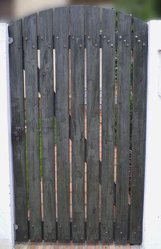 Como hacer unas puertas de jardín de madera #jardineria