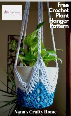 Learn how to crochet the NeverEnding Star Plant Hanger - Free Pattern. This tutorial will show you how to crochet your own plant hanger in any size using a simple star shape. Makes great gifts and great for all DIY lovers. Crochet Buttons, Crochet Stitches, Needlepoint Stitches, Crochet Gratis, Free Crochet, Learn To Crochet, Easy Crochet, Quick Crochet Gifts, Crochet Plant Hanger