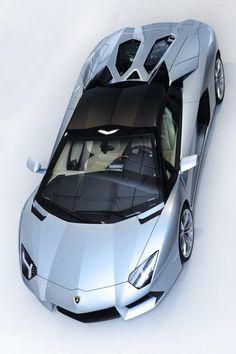 ♂ 2013 Lamborghini Aventador LP700-4 Roadster