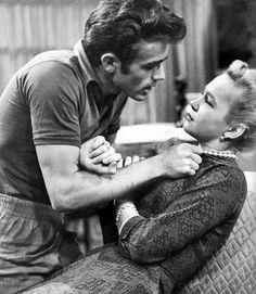 """James Dean dans l'épisode de télévision """"La mort est mon voisin"""" 1953."""