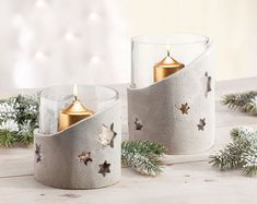Lantern made of kneaded concrete- Windlicht aus Knetbeton Lantern made of kneaded concrete - Clay Christmas Decorations, Christmas Diy, Candle Lanterns, Diy Candles, Ideas Lanterns, Clay Crafts, Diy And Crafts, Concrete Candle Holders, How To Make Lanterns