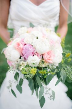 #Bouquet | Peonies + Roses | Photography: Caroline Frost Photography | Wedding on #SMP: http://www.stylemepretty.com/new-york-weddings/2013/11/11/lasdon-park-new-york-wedding-from-caroline-frost-photography