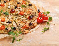 Gluteeniton feta-pestopizza Pasta Salad, Feta, Pizza, Vegetables, Ethnic Recipes, Crab Pasta Salad, Vegetable Recipes, Veggies