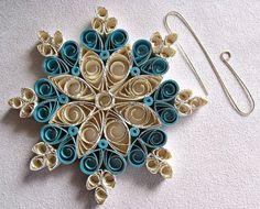 carta fatta a mano quilled ornamento del fiocco di sayitwithblooms