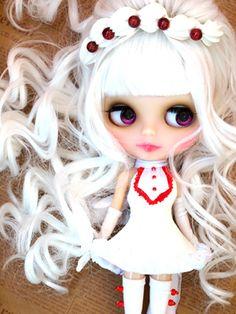 white hair, purple eyes