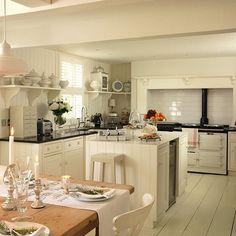 Stunning #shabby #white #kitchen