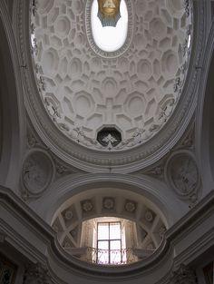 San Borromini: San Carlo alle Quattro Fontane vault to front