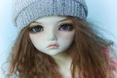 One of Bianca's (scarpfreakgirl) stunning dolls. I sometimes get tempted... but no, I'm a Blythe girl =)