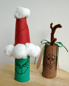 Toilet Paper Roll Grinch and Max LINK: http://www.cuttingtinybites.com/2014/12/cardboard-tube-grinch-max.html