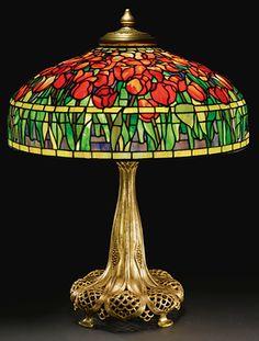 A FINE TULIP TABLE LAMP