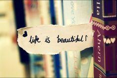 Życie jest piękne  pamiętaj o tym! Chwytaj każdą chwilę, każdy dzień. Ciesz się nimi i spędzaj z tymi, których kochasz!   Co pięknego przydarzyło Ci się dzisiaj? :)  #IlonaBMiles #coach #lifeisbeautiful