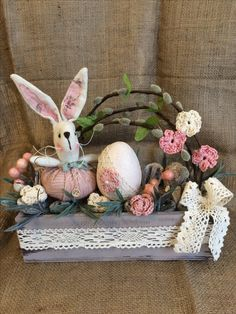 Lose the lace and this would be cute. Spring Crafts, Holiday Crafts, April Easter, Diy Easter Decorations, Egg Art, Easter Wreaths, Flower Crafts, Easter Crafts, Easter Eggs