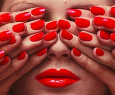 Fashion fetish: unseen Guy Bourdin photography – in pictures Optical illusion … a shot for the May 1970 issue of French Vogue. Photograph: © The Guy Bourdin Estate 2014 / Courtesy of Louise Alexander Gallery Guy Bourdin, Richard Avedon, Vogue Paris, Azul Anil, Charles Jourdan, L'art Du Portrait, Portraits, Exposition Photo, Fashion Agency