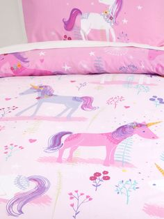 40 Cute Unicorn Decoration for Kids Bedroom - How you arrange your bedroom will certainly influence the effect of the plan. Kids bedroom sets for girls arrive in a larger range of choices. On top . by Joey Girls Bedroom Sets, Big Girl Bedrooms, Little Girl Rooms, Kids Bedroom, Bedroom Ideas, Room Kids, Nursery Ideas, Bedroom Decor, Unicorn Rooms