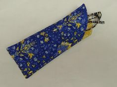 Need an eyeglasses case NOW? This is super easy and you will want to make a ton of them.