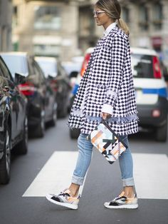 97f5c1cd8c9e Pin for Later  Ciao Bella! Der beste Street Style der Milan Fashion Week  Street