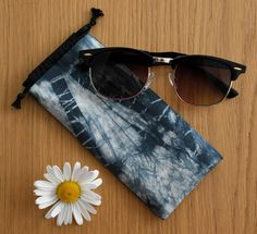 Soft organic cotton sunglasses cases are available in my Etsy shop! Handmade by me. Unique design. Shibori Techniques, Bag Design, Organic Cotton, Sunglasses Case, My Etsy Shop, Cases, Unique, Handmade, Shopping